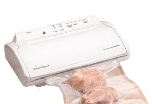 FoodSaver GameSaver Deluxe Vacuum Sealing Kit