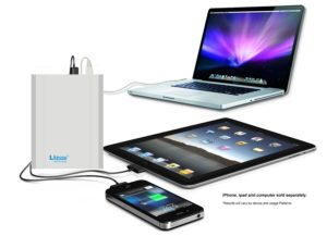lizone-extra-pro-usb-power-bank-aluminum-unibody-for-laptop-and-smartphones-40000mah-silver