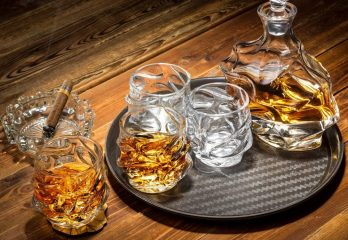 KANARS Emperor Whiskey Decanter And Glasses Set With Luxury Gift Box - Lead Free Crystal - 28 Oz Liquor Decanter with 4 Pcs Scotch Glasses 11 Oz