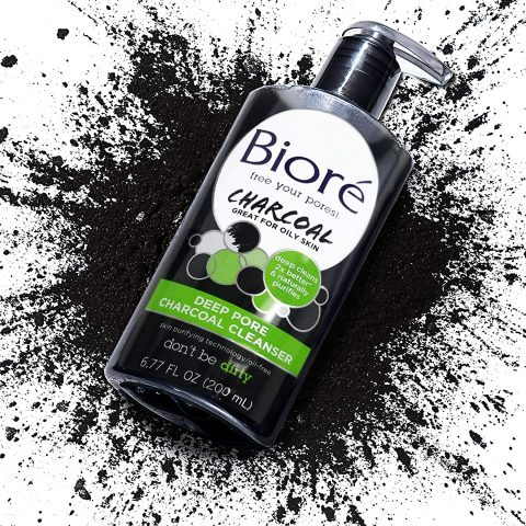 Bioré Deep Pore Charcoal Cleanser for Oily Skin (6.77 oz) Daily Face Wash, Naturally Purifies Pores, Dermatologist Tested (Packaging May Vary)